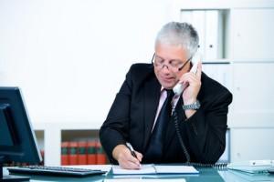 Nachgefragt: Darf der Personaler den alten Arbeitgeber anrufen?