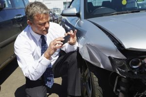 Blechschadenalarm – Was nach einem Auffahrunfall zu tun ist